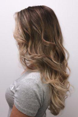 Balayage, natural, haarkleuren, haarkleur, haarverf, haarverven, bruin, blond, beste kapper in apeldoorn, arnhem, amsterdam, waxx kappers amsterdam, waxx kappers arnhem, waxx kappers apeldoorn